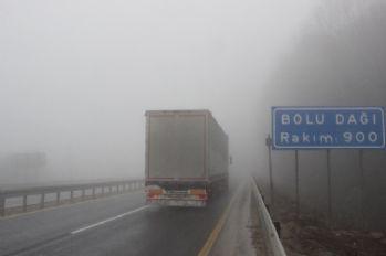 Bolu Dağında sis etkili oluyor