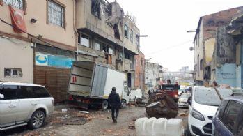 Gaziosmanpaşa'da buhar kazanı patladı: 2 yaralı