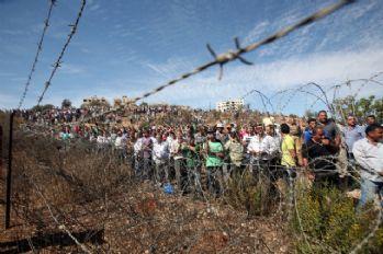 Filistinli öğrenciler Mısır'ın yasağını protesto etti