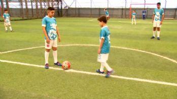 Türk ve Suriyeli çocuklar turnuvada buluştu