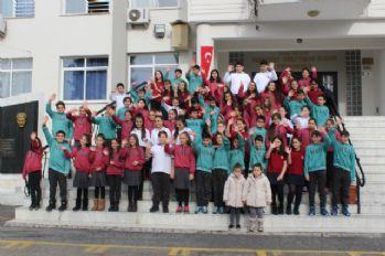 Bu okulda 33 ikiz, bir üçüz öğrenci var