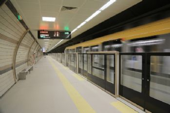 Sürücüsüz metroda 292 bin 344 kişi yolculuk yaptı