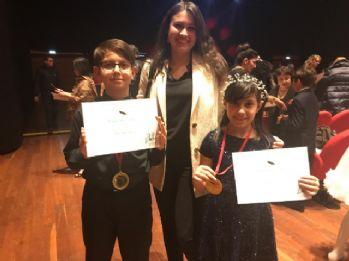 İtalya'da Türk öğrencilerden piyano yarışmasında çifte birincilik