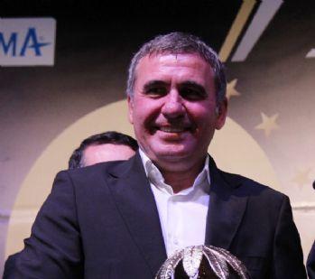 Romanya'da yılın teknik direktörü seçildi