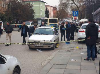 Ankara'da otomobile silahlı saldırı: 1 ölü, 1 yaralı