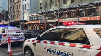 Melbourne'de bir olay daha: AVM'de patlama !