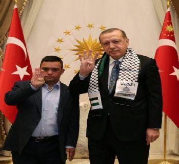 Erdoğan, Filistinli Muhammed'le dünyaya mesaj verdi