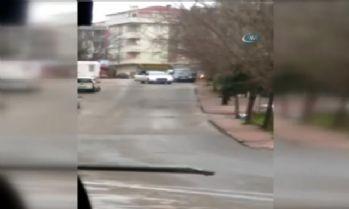 İki grup arasında silahlı çatışma,o anlar kamerada