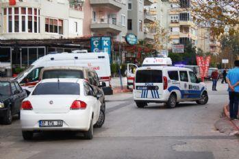 Antalya'da cinnet: 1'i kadın 4 ölü