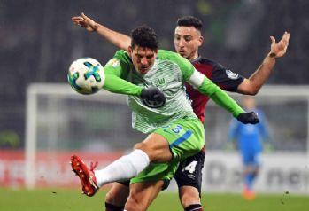 Mario Gomez, Stuttgart'a transfer oldu