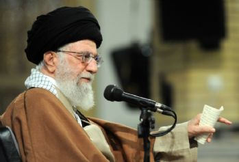 'ABD ve İngiltere İran'ı karıştırmakta başarısız oldu'