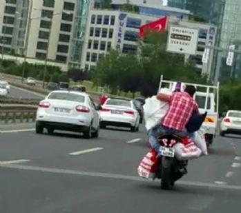 Motosikletli, 'bu kadarına pes' dedirtti