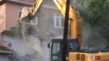 İstanbul'da DHKP-C evleri yıkıldı