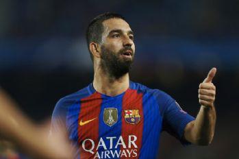 Başakşehir Arda Turan'ın transferini bitirdi