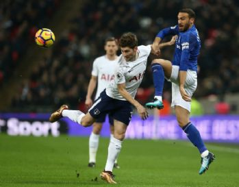Cenk Tosun, Everton'daki ilk maçında göz doldurdu