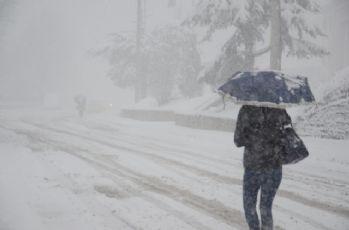 İstanbul'da bu akşam fırtına, yarın kar var