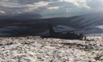 Düşen askeri uçağın enkazına ulaşmak için yol açma çalışması başlatıldı