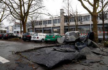 'Friederike Kasırgası' Almanya'da can kaybına yol açtı