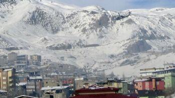 Askeri üs bölgesine havanlı saldırı: 3 yaralı