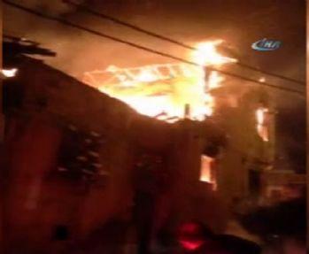 İstanbul'da metruk binada korkutan yangın