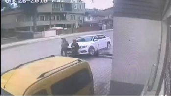 Ehliyetsiz sürücü dehşet saçtı: 2 yaralı