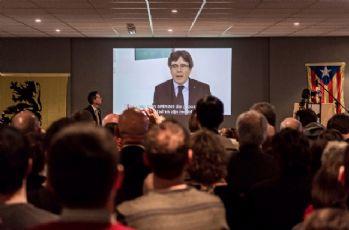 Ayrılıkçı Katalan lider: Bizi yalnız bırakmayın