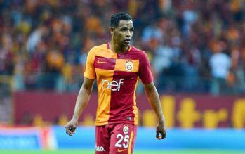 Galatasaray'da Fernando tedavi için Portekiz'e gidecek
