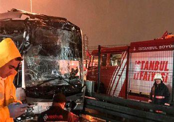 Haramidere metrobüs durağında kaza: Biri ağır 22 kişi yaralandı