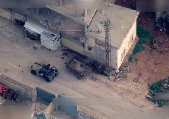 Bayraktar TB2 SİHA'lar görüntüledi, TSK teröristlerin karargahını havaya uçurdu