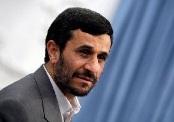 Ahmedinejad'dan Hamaney'e eleştiri