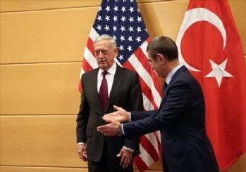 Canikli, ABD'li mevkidaşı Mattis'le görüştü