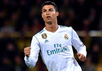 Futbol tarihinde bir ilki Ronaldo başardı