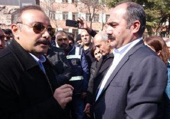 Polis müdüründen HDP'li vekile: 'Burası muz cumhuriyeti değil'