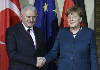 Yıldırım: Türkiye ile Almanya'nın normal hayata dönme vakti geldi