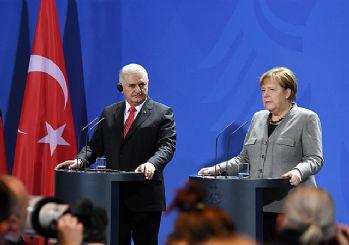 Deniz Yücel vurgusu eşliğinde Alman-Türk ilişkilerini iyileştirme kararlılığı