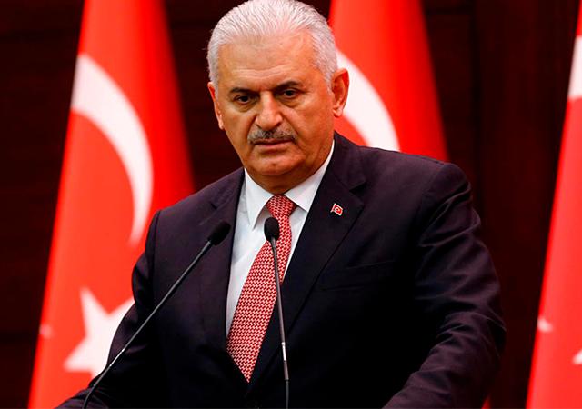 Başbakan Yıldırım: Afrin hilal gibi çepeçevre emniyete alındı