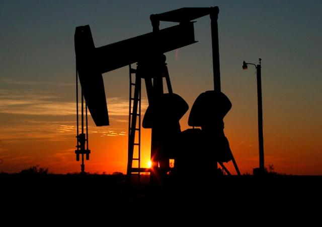 Amerika, Suriye'deki petrol hakimiyetini İran'a bırakmak istemiyor