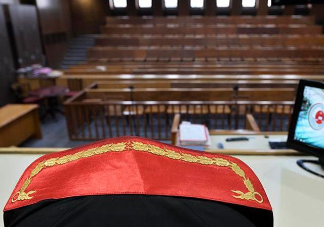 Ankara'da 4 FETÖ'cü duruşma salonundan kaçtı