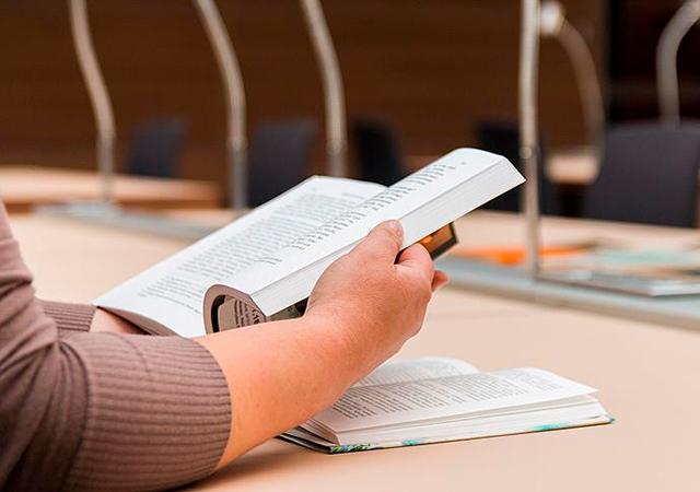YÖK'ten yurt dışındaki 'Türkoloji' öğrencilerine burs imkanı