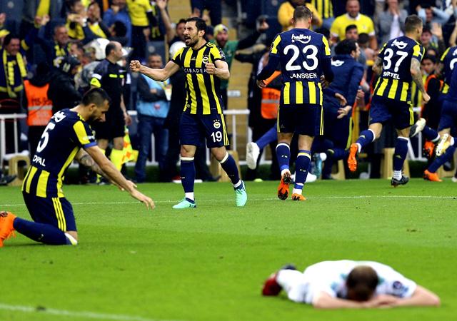 Fenerbahçe, Bursaspor'yı 90'da yıktı