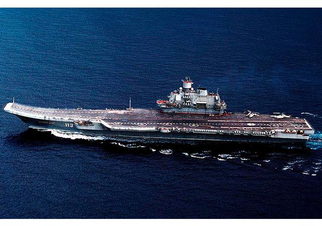 Putin: Rus savaş gemileri Akdeniz'de devamlı nöbette olacak