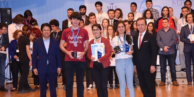 MEF Araştırma Projeleri yarışması ödülleri sahiplerini buldu
