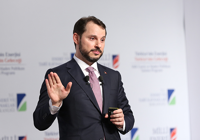 Hazine ve Maliye Bakanı Albayrak: Enflasyonu tek haneye düşüreceğiz