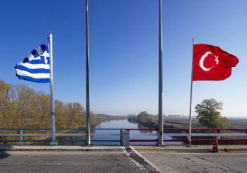Türkiye sınırına geçen 2 Yunan askeri tutuklandı