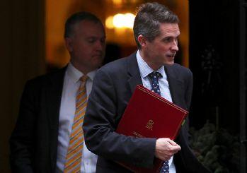 İngiltere Savunma Bakanı: Rusya çekip gitsin ve çenesini kapasın