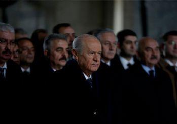 MHP heyeti Anıtkabir'de