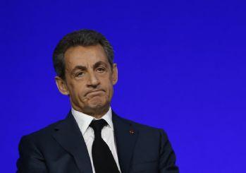 'Sarkozy, yolsuzluk ve nüfuz ticaretinden yargılanacak'