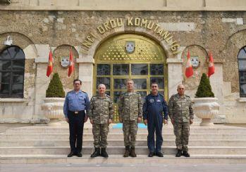 Hulusi Akar, İstanbul ve Çorlu'daki birlikleri ziyaret etti