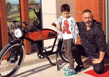 Ozan Güven ve Cem Yılmaz'ın bisiklet dostluğu!