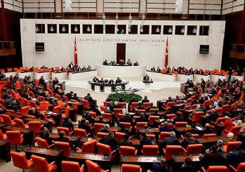 Erken seçim teklifi Meclis'te 386 oyla kabul edildi